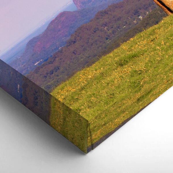 One-Tree-Hill-Mirrored-Sides
