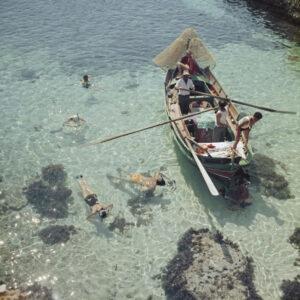 Snorkeling in the sahllows Slim Aarons